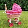 Pintas vežimėlis lėlėms
